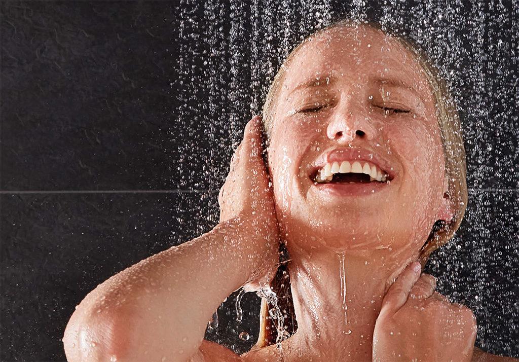 Panel prysznicowy czy zestaw natryskowy – co wybrać do kabiny? Viverto.pl doradza