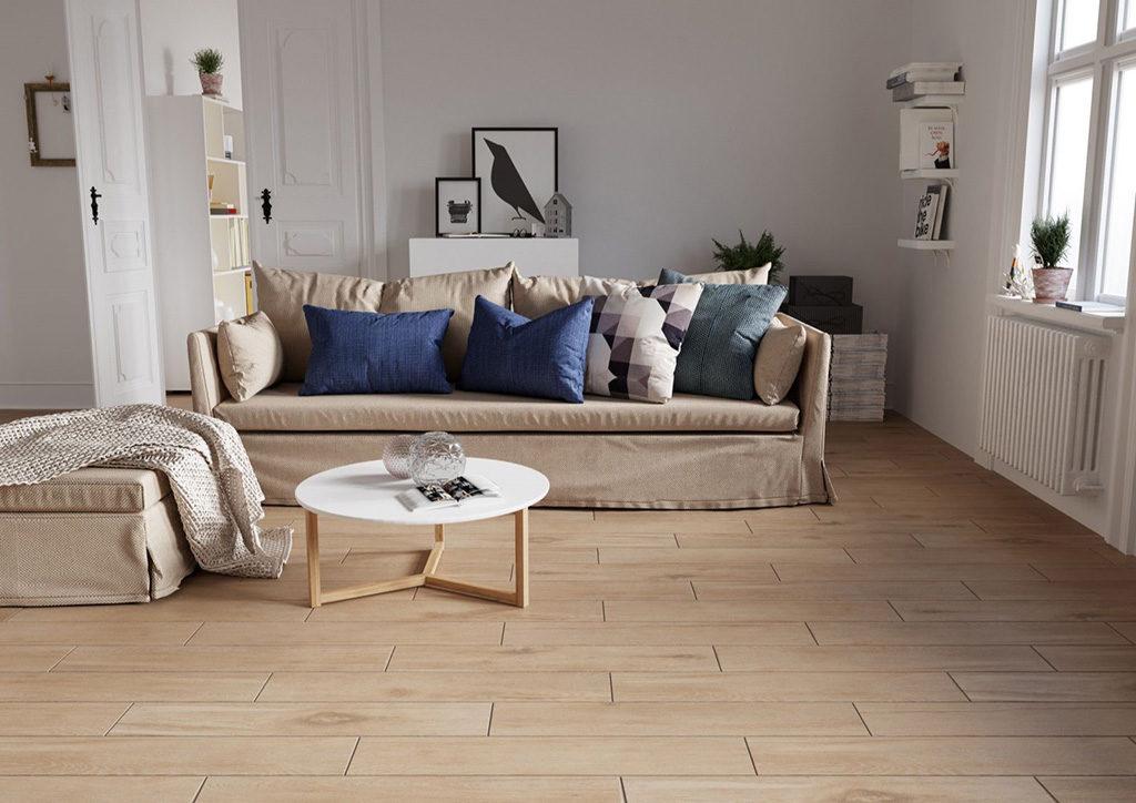 imitacja drewna na podłodze w salonie. Zalety płytek imitujących deski. Blog viverto.pl