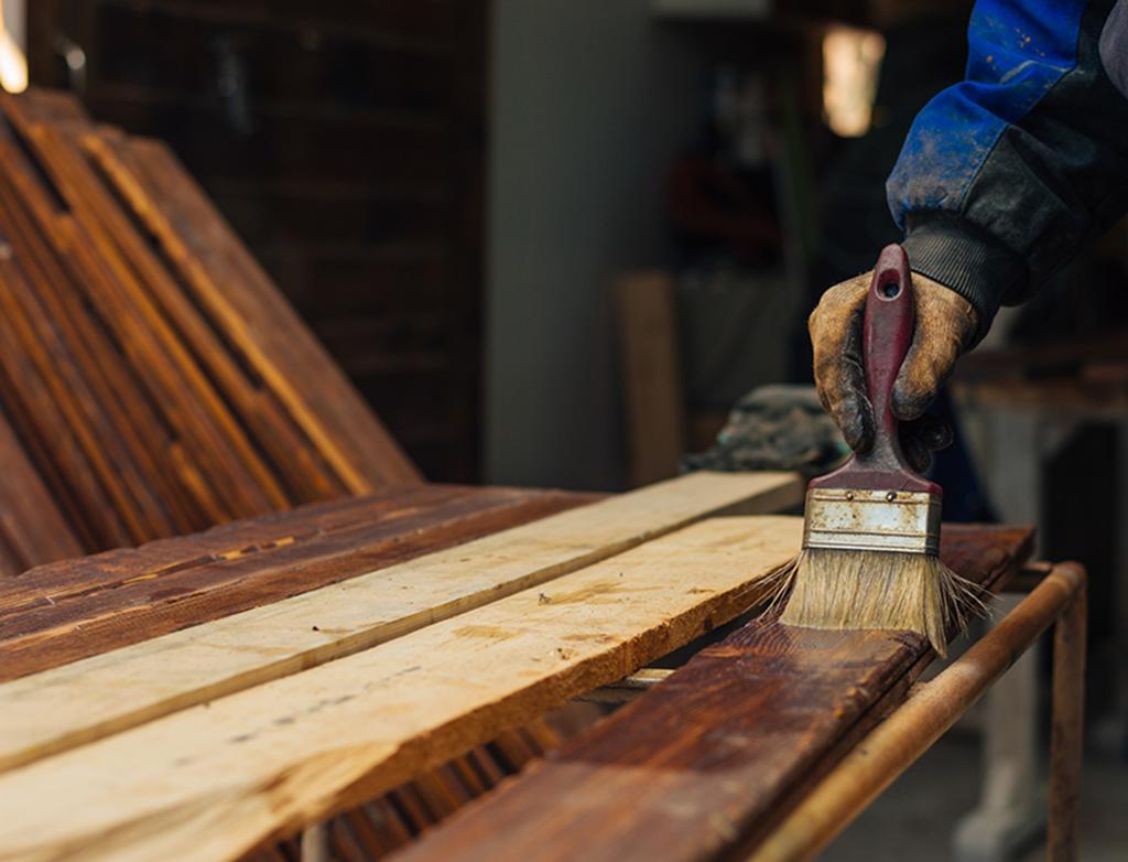 czym chronić i malowac drewno na zewnątrz? Blog viverto.pl